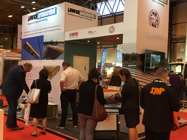 Build Show Stand