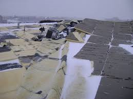 damaged_roof_due_to_strong_winds